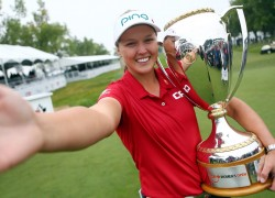 Brooke Henderson named Summer Sport Athlete of the Year at Canadian Sport Awards
